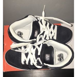 2210bab59 Nike Shoes - Nike Avid Jr 6.0 - kids 7 skate shoe